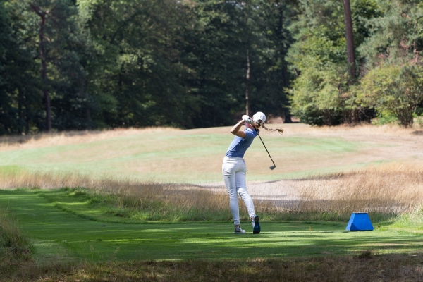 Golfster op de Dutch Amateur Championship - The black box expositie - Prem Dihal